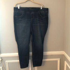 Torrid Medium Wash Lean Jean Style Jeggings Size 2